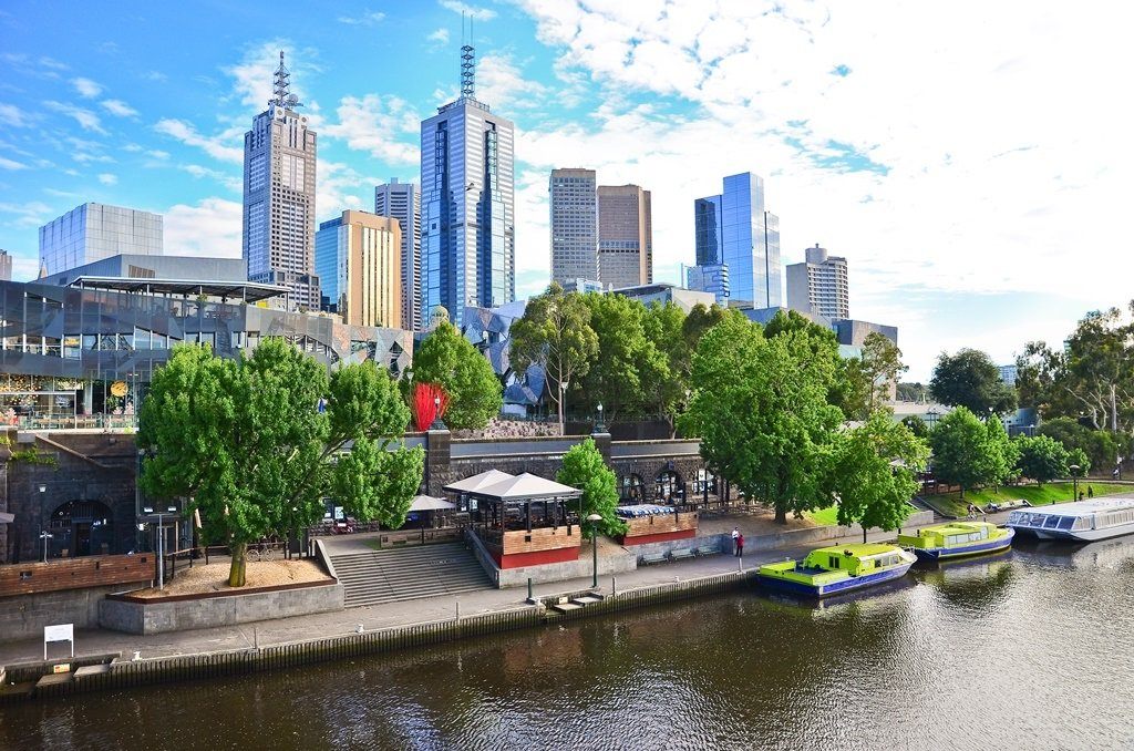 View of Melbourne skyline in summer; Shutterstock ID 348320168; Departmental Cost Code : 162800; Project Code: GMKT_SUP_4.9.1E; PO Number: GBLMKT/2015-082